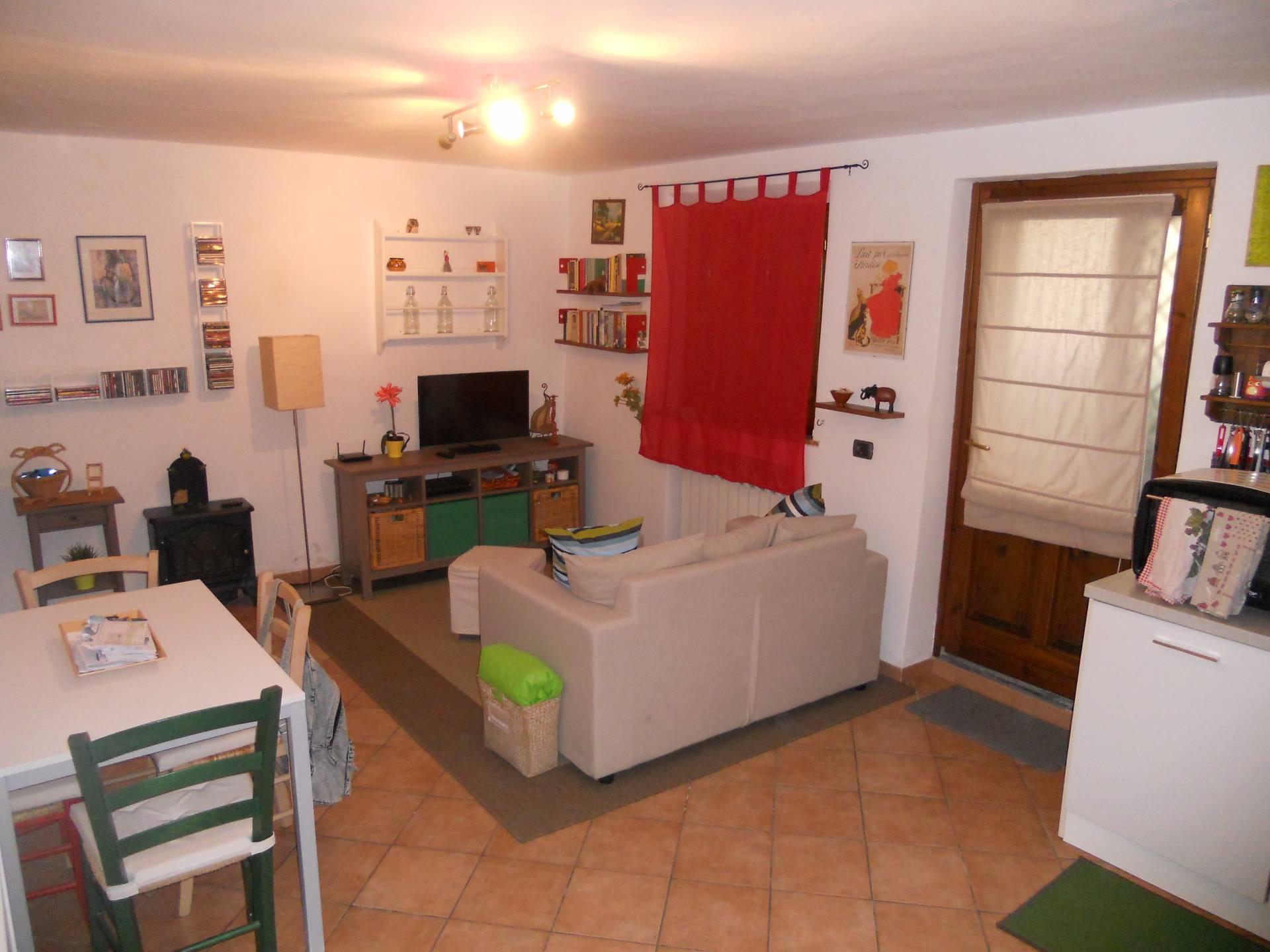 Casa singola in affitto, rif. AC5763