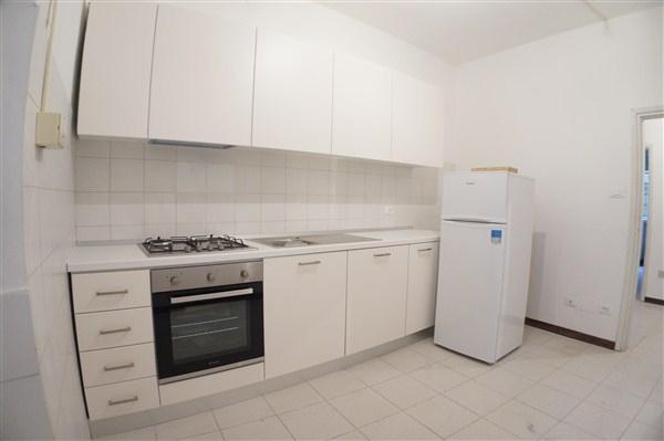 Appartamento in affitto, rif. AC6030