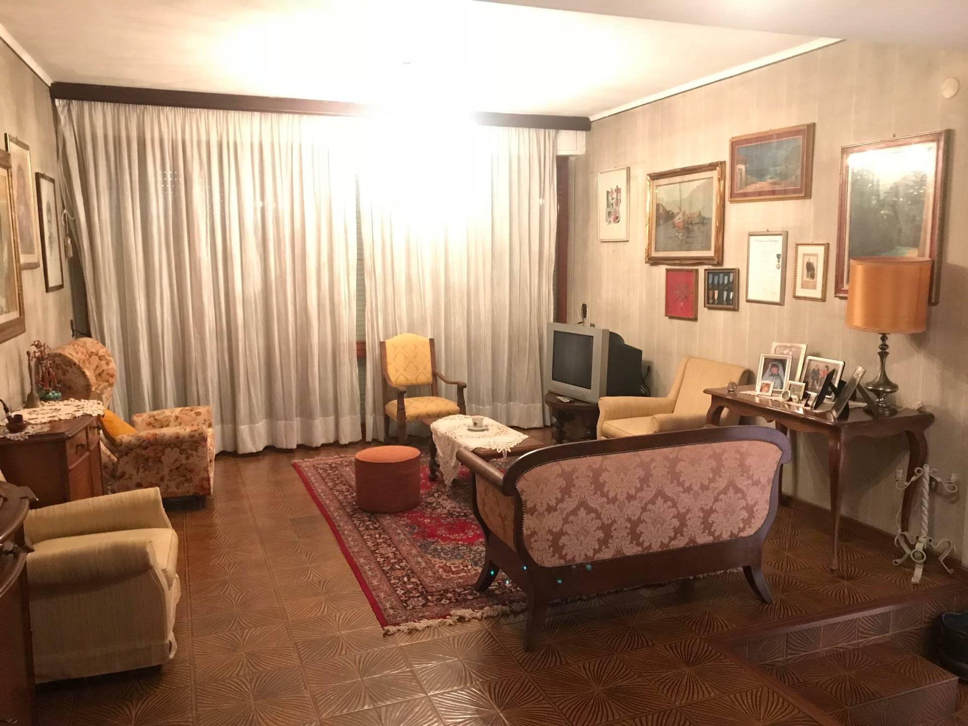 Villa singola in affitto, rif. AC6049