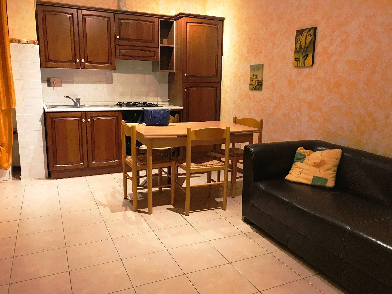 Appartamento in affitto, rif. AC6096