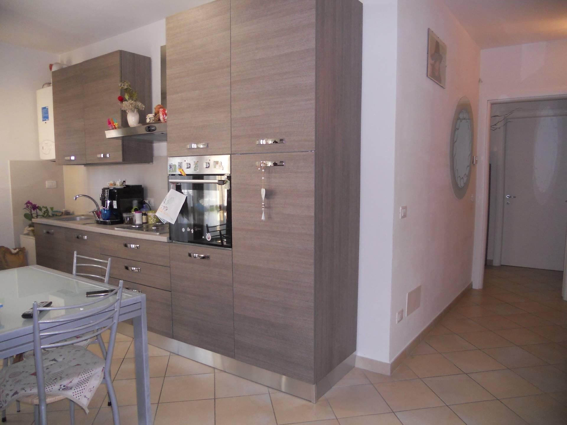Appartamento in affitto, rif. AC6106