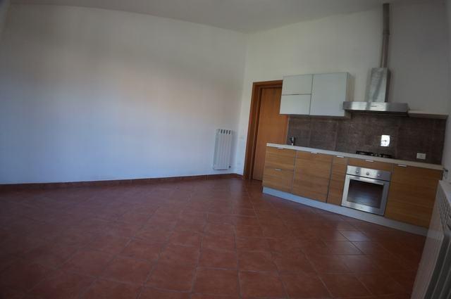 Bilocale Cascina Via Dell'arancio Snc 2