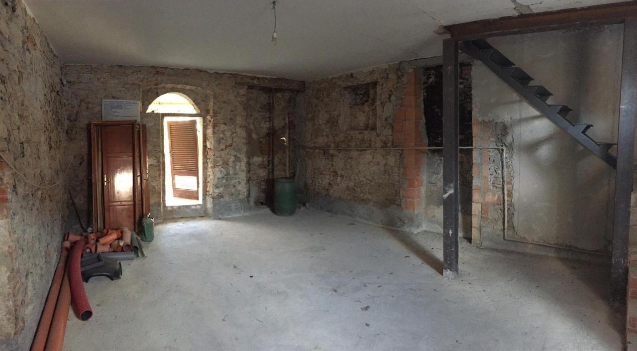 vendita casa indipendente san giuliano terme arena-metato  135000 euro  4 locali  100 mq