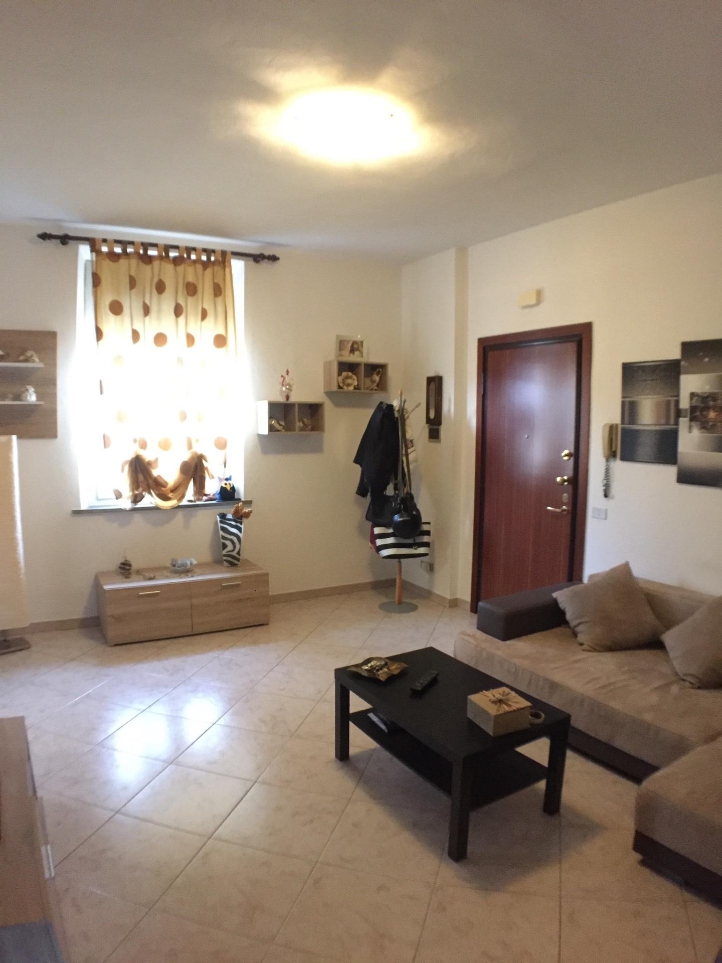 Appartamento in vendita, rif. v4662