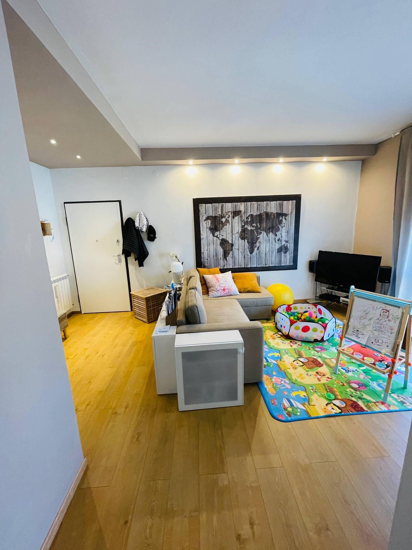 Appartamento in vendita, rif. v130719