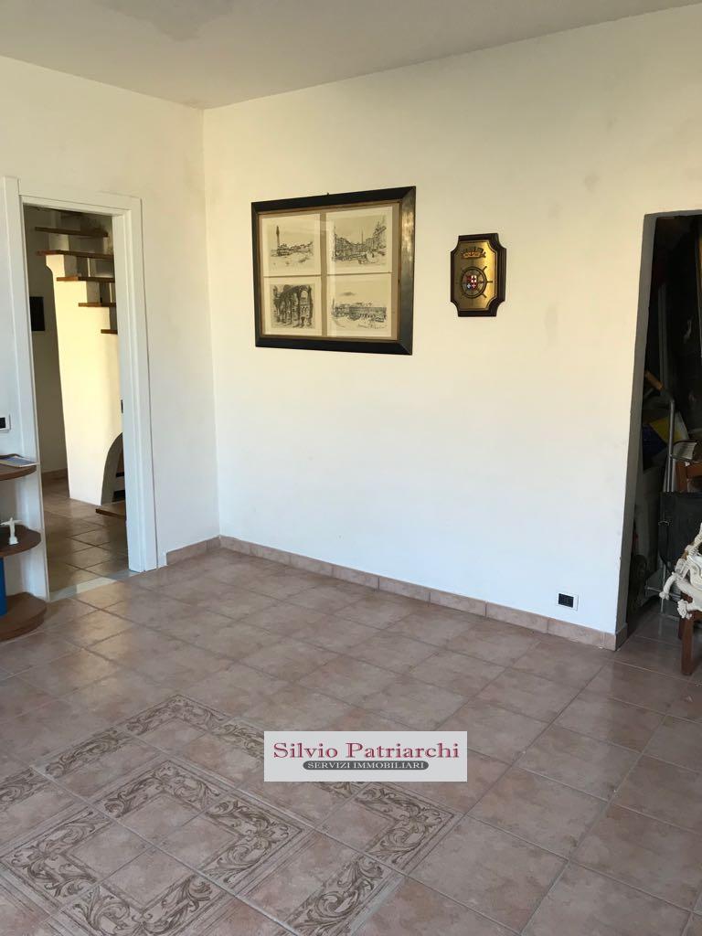 Appartamento in vendita a Pisa, 10 locali, zona Località: MarinadiPisa, prezzo € 350.000   PortaleAgenzieImmobiliari.it