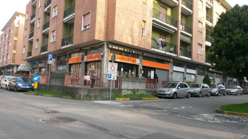 Negozio / Locale in vendita a Magenta, 9999 locali, prezzo € 195.000 | CambioCasa.it