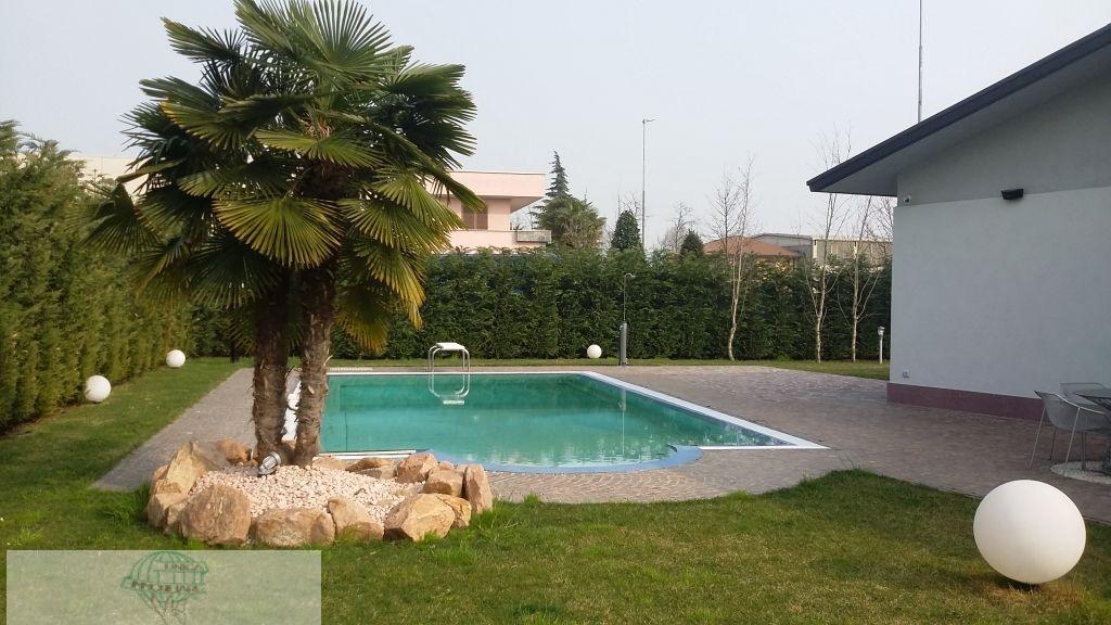 Vittuone | Casa Indipendente in Vendita in Via Stelvio | lacasadimilano.it