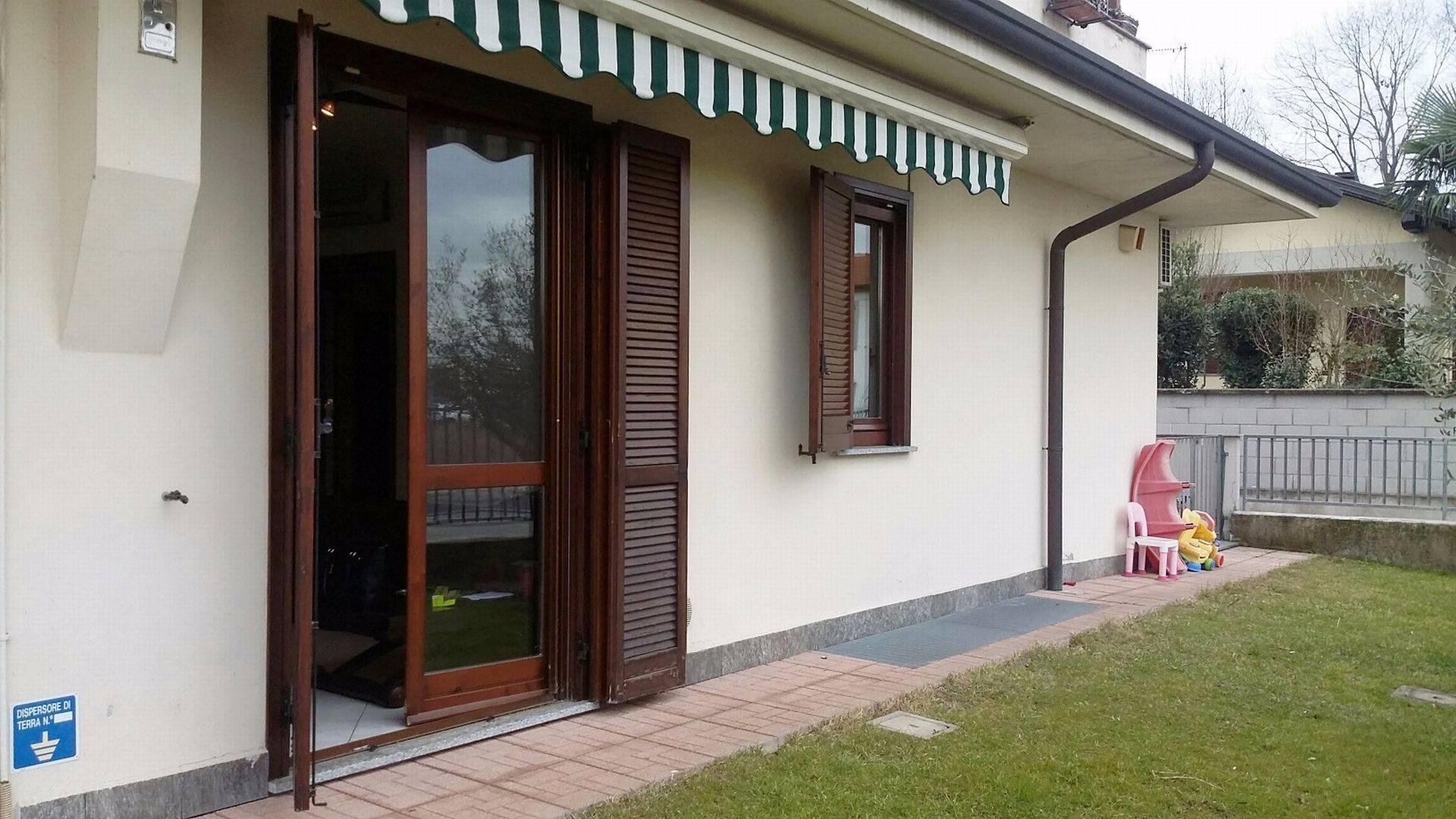 Appartamento in vendita a Inveruno, 2 locali, prezzo € 125.000 | Cambio Casa.it
