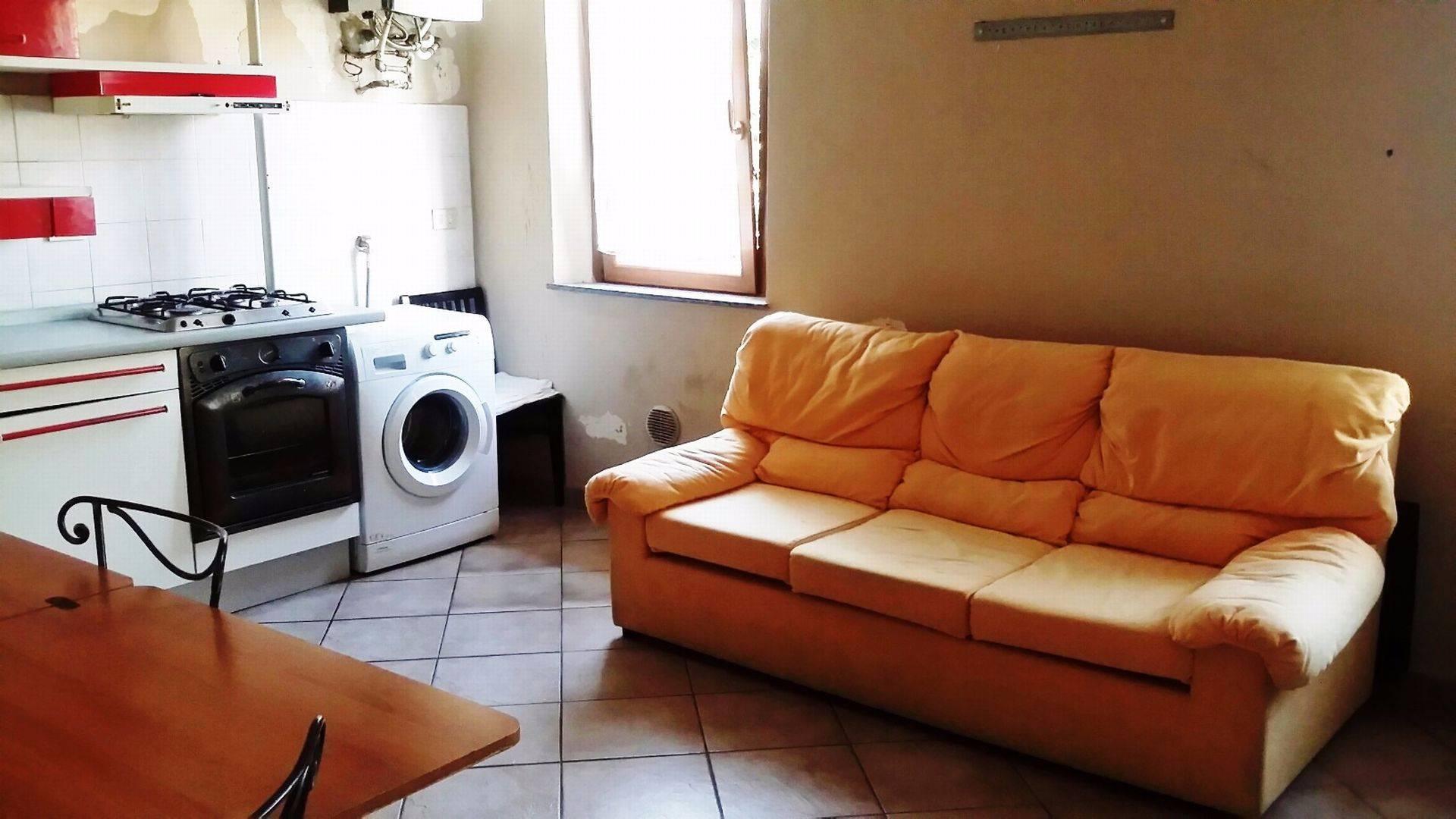 Appartamento in affitto a Buscate, 2 locali, prezzo € 400 | Cambio Casa.it