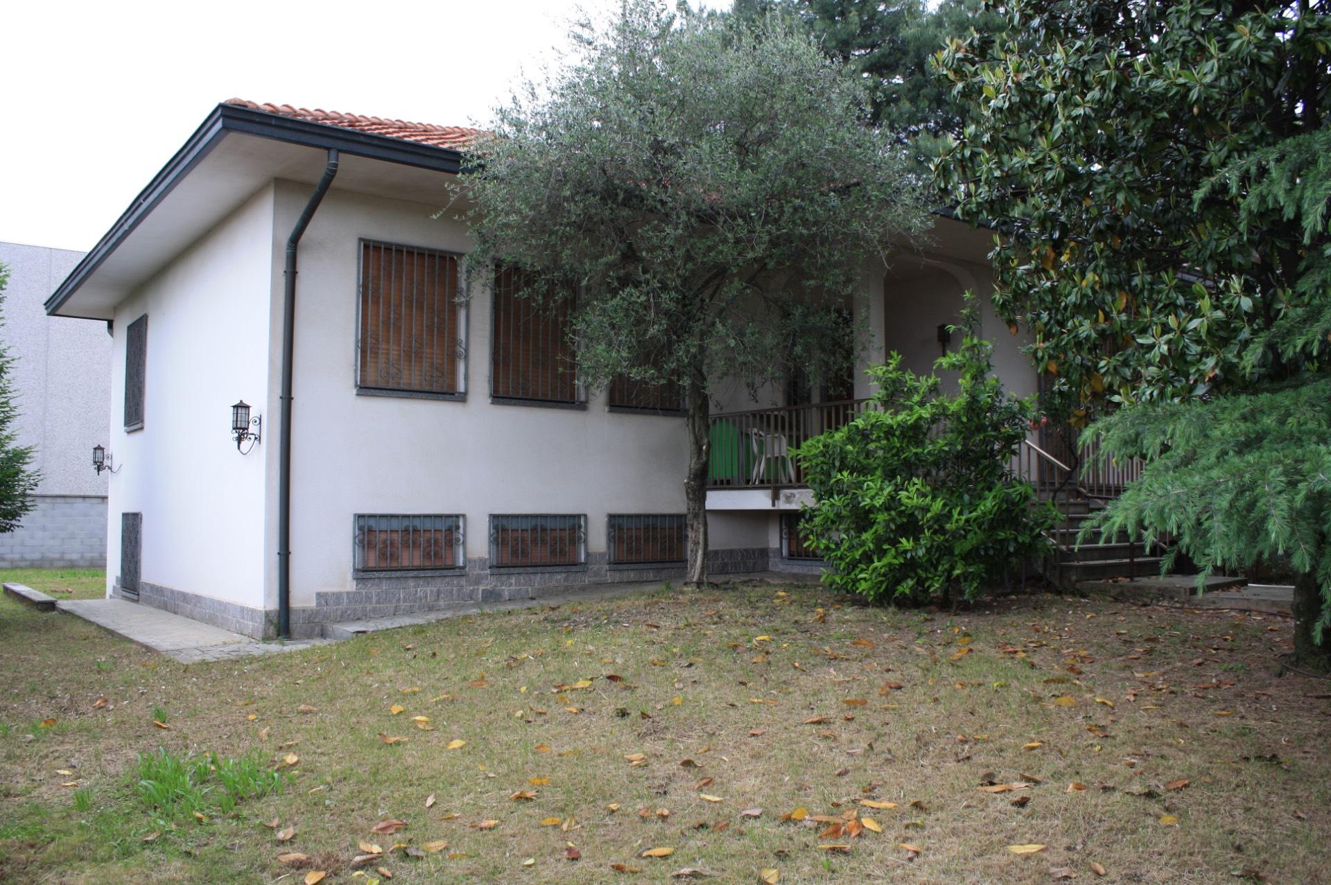 Villa in Vendita a Vittuone