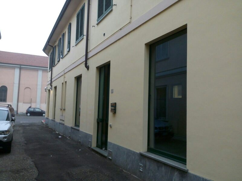 Negozio / Locale in affitto a Inveruno, 9999 locali, prezzo € 700 | Cambio Casa.it