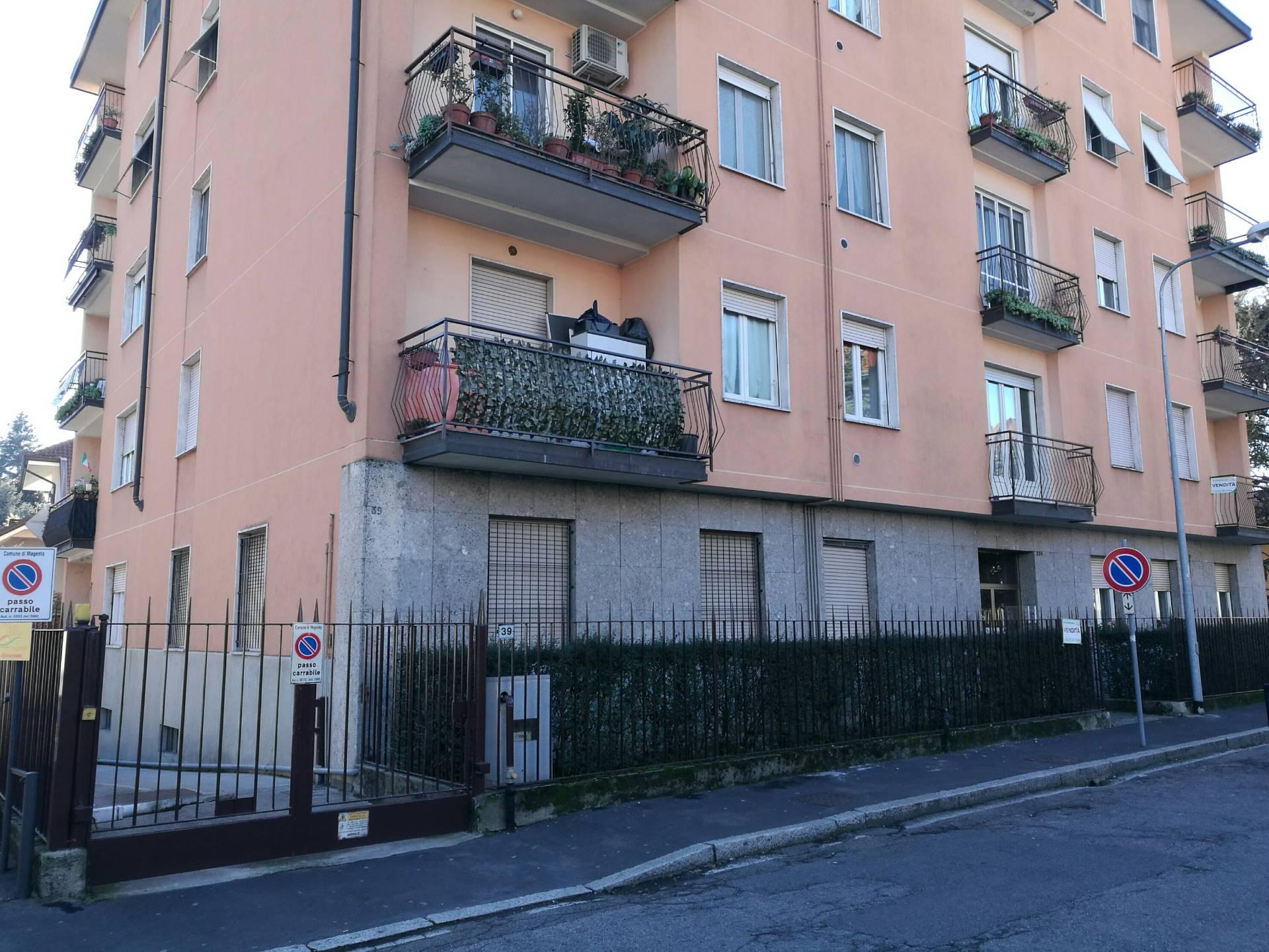 Appartamento in vendita a Magenta, 4 locali, prezzo € 118.000 | Cambio Casa.it