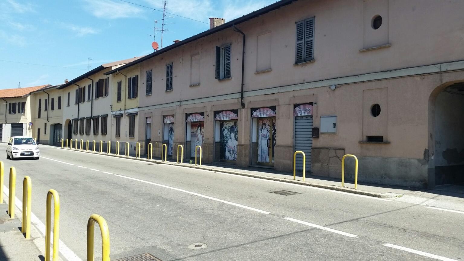 Negozio / Locale in vendita a Magenta, 9999 locali, prezzo € 129.000 | PortaleAgenzieImmobiliari.it