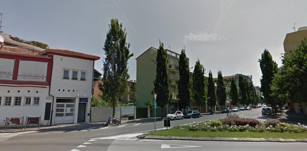 Negozio / Locale in affitto a Rovigo, 9999 locali, zona ro, prezzo € 400   PortaleAgenzieImmobiliari.it