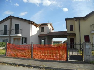 Villette a schiera in Vendita a Solesino