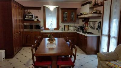 bifamiliare in Vendita a Rovigo