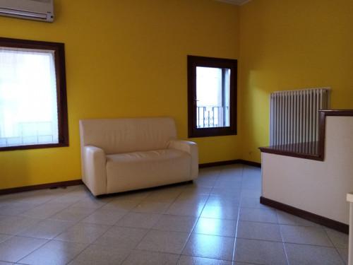 Appartamento in Affitto a Rovigo