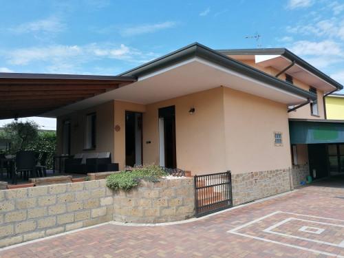 Casa singola in Vendita a Ceregnano