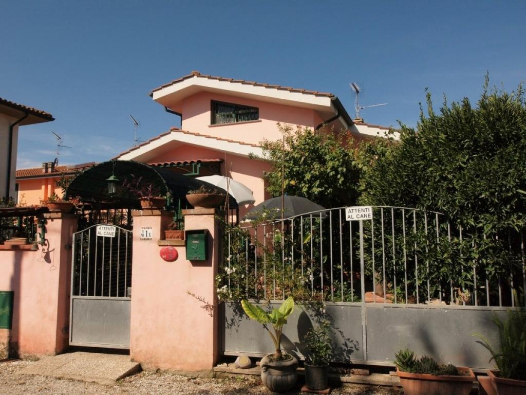 Villa in vendita a San Giuliano Terme, 3 locali, prezzo € 190.000 | Cambio Casa.it