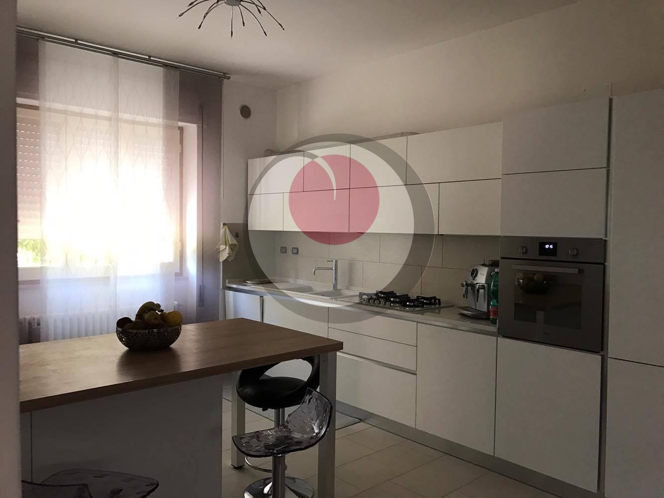 Soluzione Indipendente in vendita a Lanciano, 5 locali, prezzo € 260.000 | Cambio Casa.it