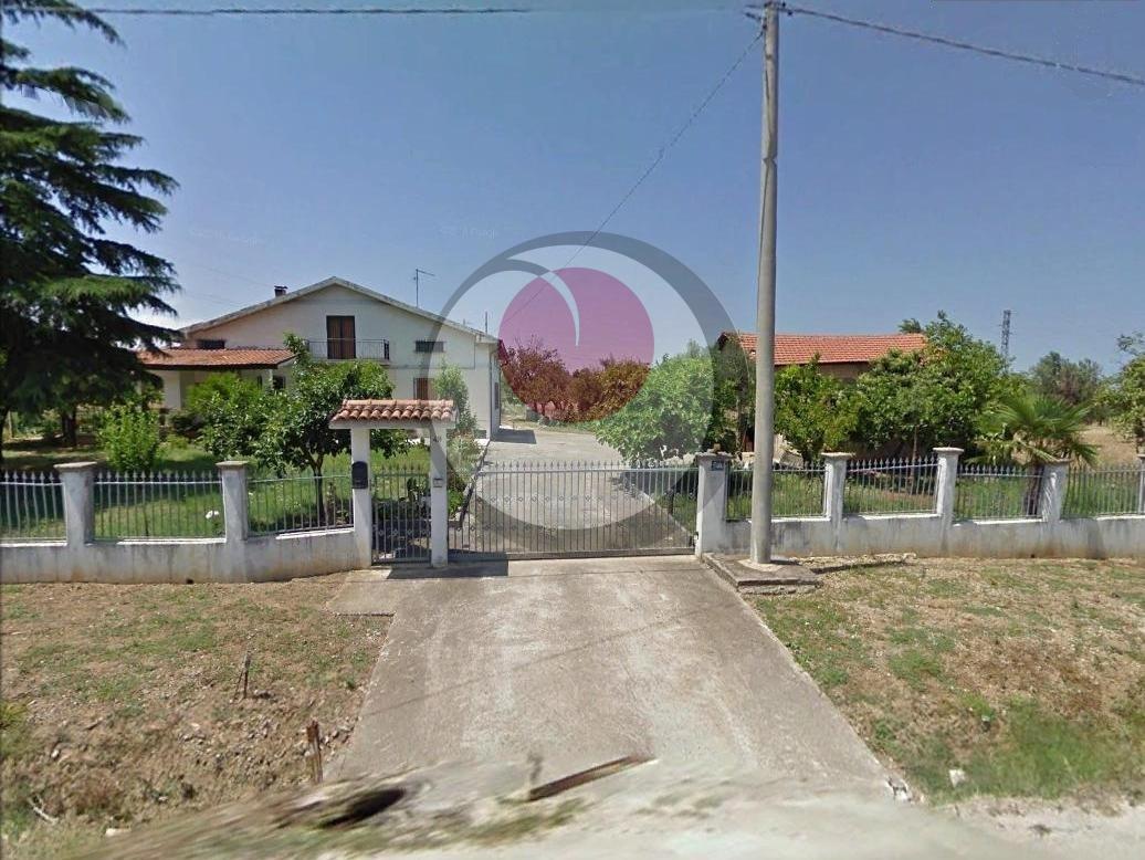Soluzione Indipendente in vendita a Rocca San Giovanni, 5 locali, prezzo € 215.000 | Cambio Casa.it