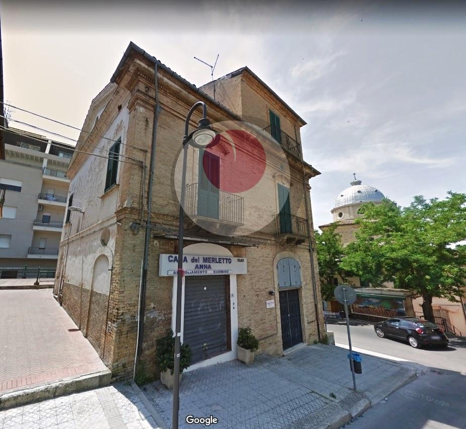 Appartamento in affitto a Lanciano, 4 locali, prezzo € 500   CambioCasa.it