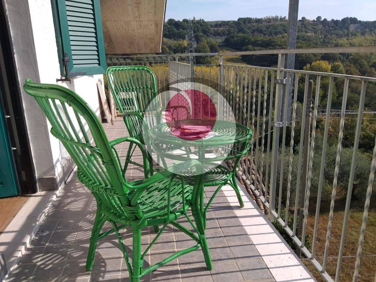 Appartamento in affitto a San Vito Chietino, 5 locali, prezzo € 420 | CambioCasa.it