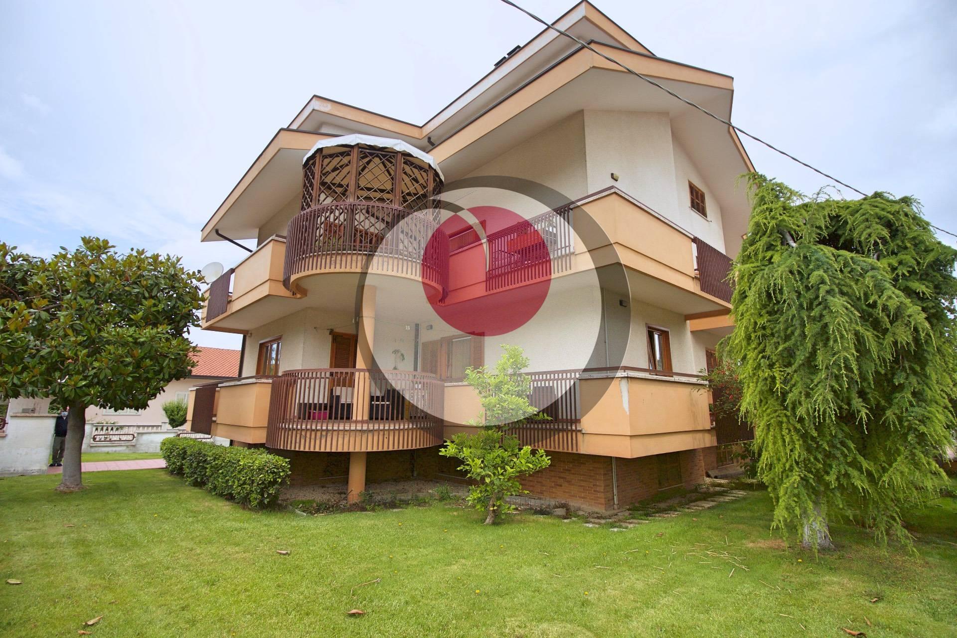 Appartamento in vendita a Lanciano, 9 locali, prezzo € 289.000 | PortaleAgenzieImmobiliari.it