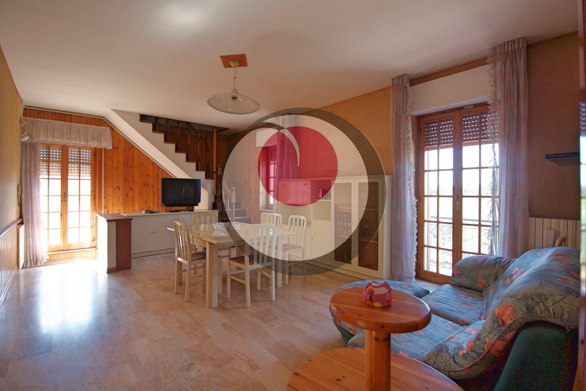 Casa semi-indipendente in vendita a Frisa (CH)