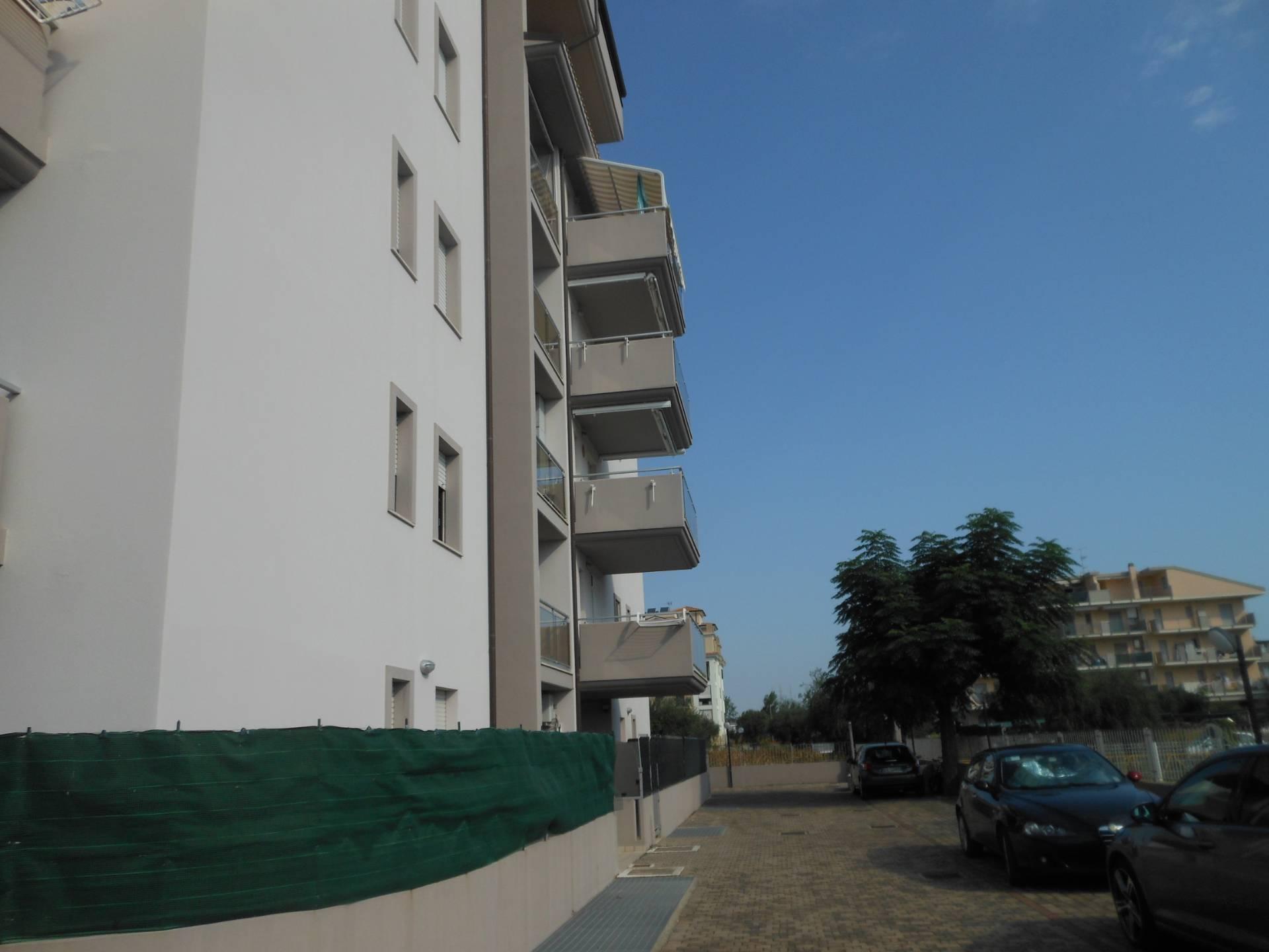 Appartamento in vendita centro-via Carlo Alberto Dalla Chiesa Alba Adriatica