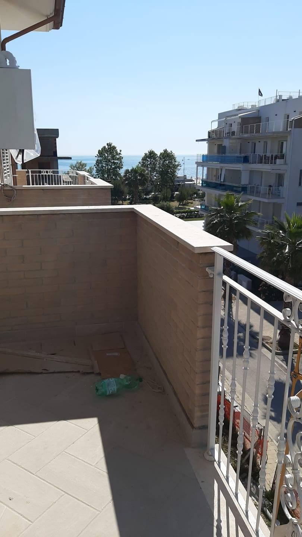 Appartamento in vendita a Giulianova, 5 locali, zona Località: a20metridalmare, prezzo € 290.000 | PortaleAgenzieImmobiliari.it