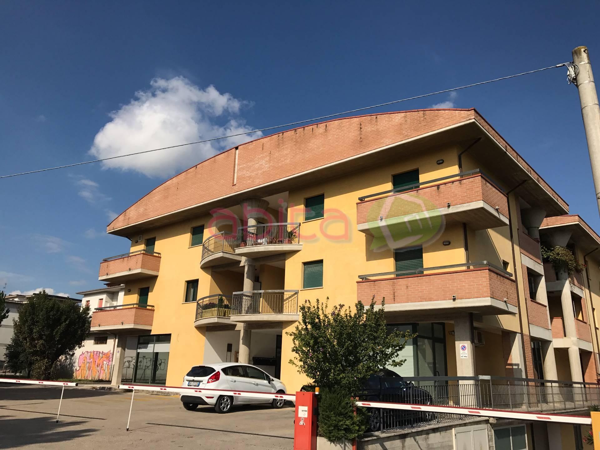 Appartamento in vendita a Spinetoli, 4 locali, zona Località: PagliaredelTronto, prezzo € 150.000   CambioCasa.it