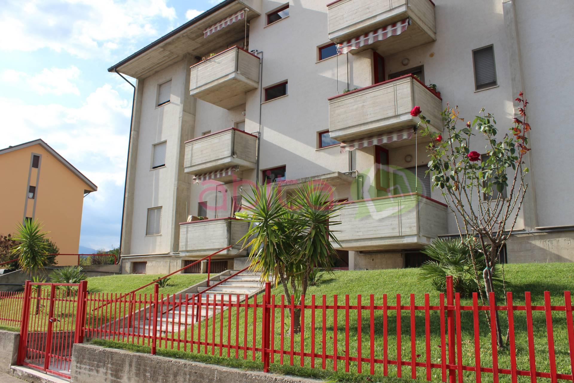 vendita appartamento appignano del tronto   90000 euro  5 locali  110 mq