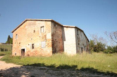 Rustico/Casale in Vendita a Spinetoli