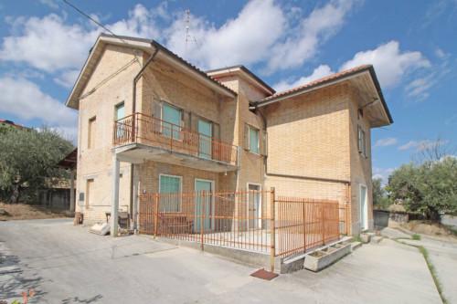 Casa singola in Vendita a Offida