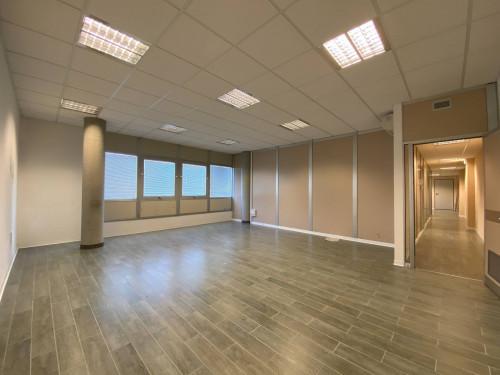 Ufficio in Affitto a Ascoli Piceno