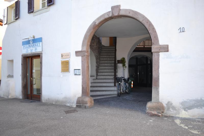 Ufficio / Studio in affitto a Appiano sulla Strada del Vino, 9999 locali, zona Località: SanMichele, prezzo € 79.000 | Cambio Casa.it
