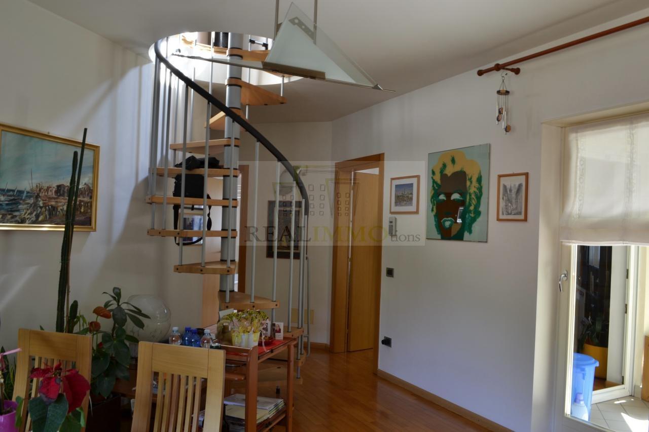 Attico / Mansarda in vendita a Cornedo all'Isarco, 4 locali, zona Località: PratoallIsarco, prezzo € 210.000 | Cambio Casa.it