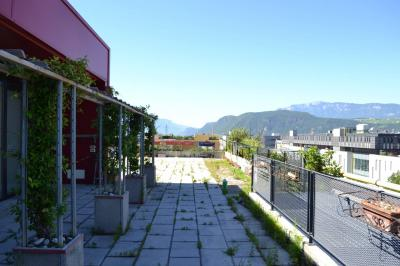 Magazin mit Dienstwohnung kaufen in Bolzano - Bozen