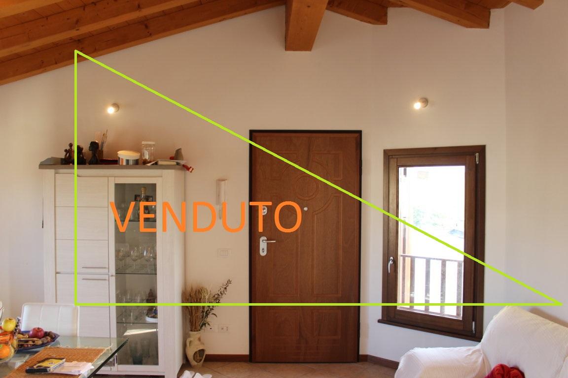 Appartamento in vendita a Ronchi dei Legionari, 5 locali, prezzo € 115.000 | Cambio Casa.it