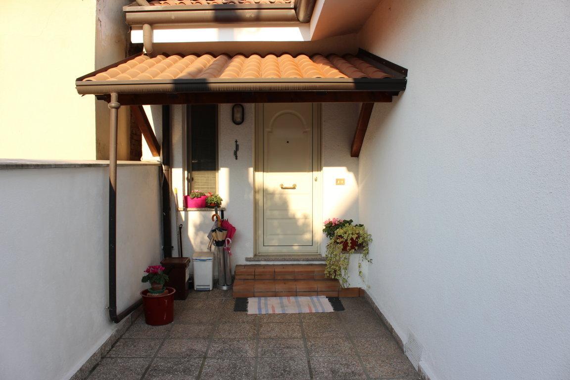 Villa in vendita a Monfalcone, 5 locali, zona Località: SanPolo, prezzo € 160.000   CambioCasa.it
