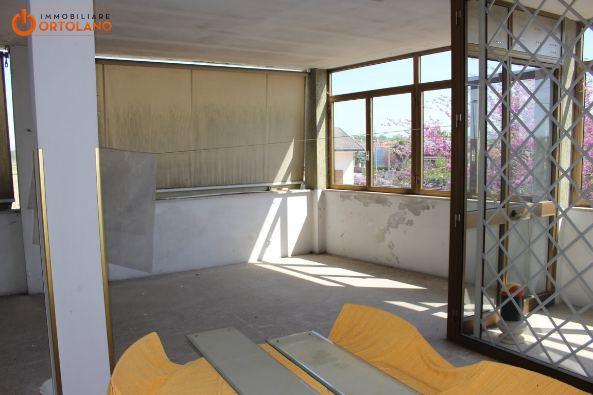 Appartamento in vendita a Fiumicello, 4 locali, zona Zona: Papariano, prezzo € 65.000 | CambioCasa.it
