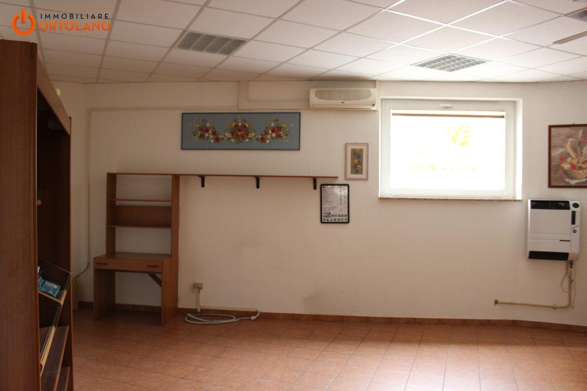 In Affitto Negozio / Locale a Monfalcone