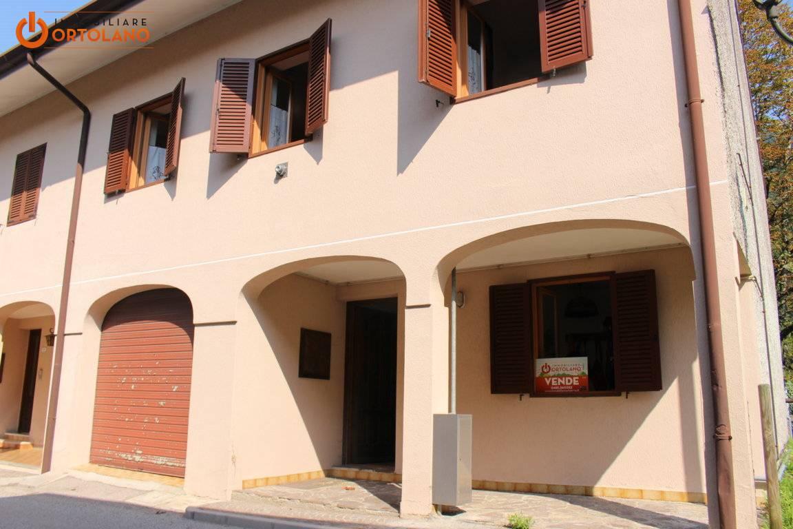 Agriturismo in vendita a Resia, 8 locali, zona Località: PratodiResia, prezzo € 95.000 | CambioCasa.it