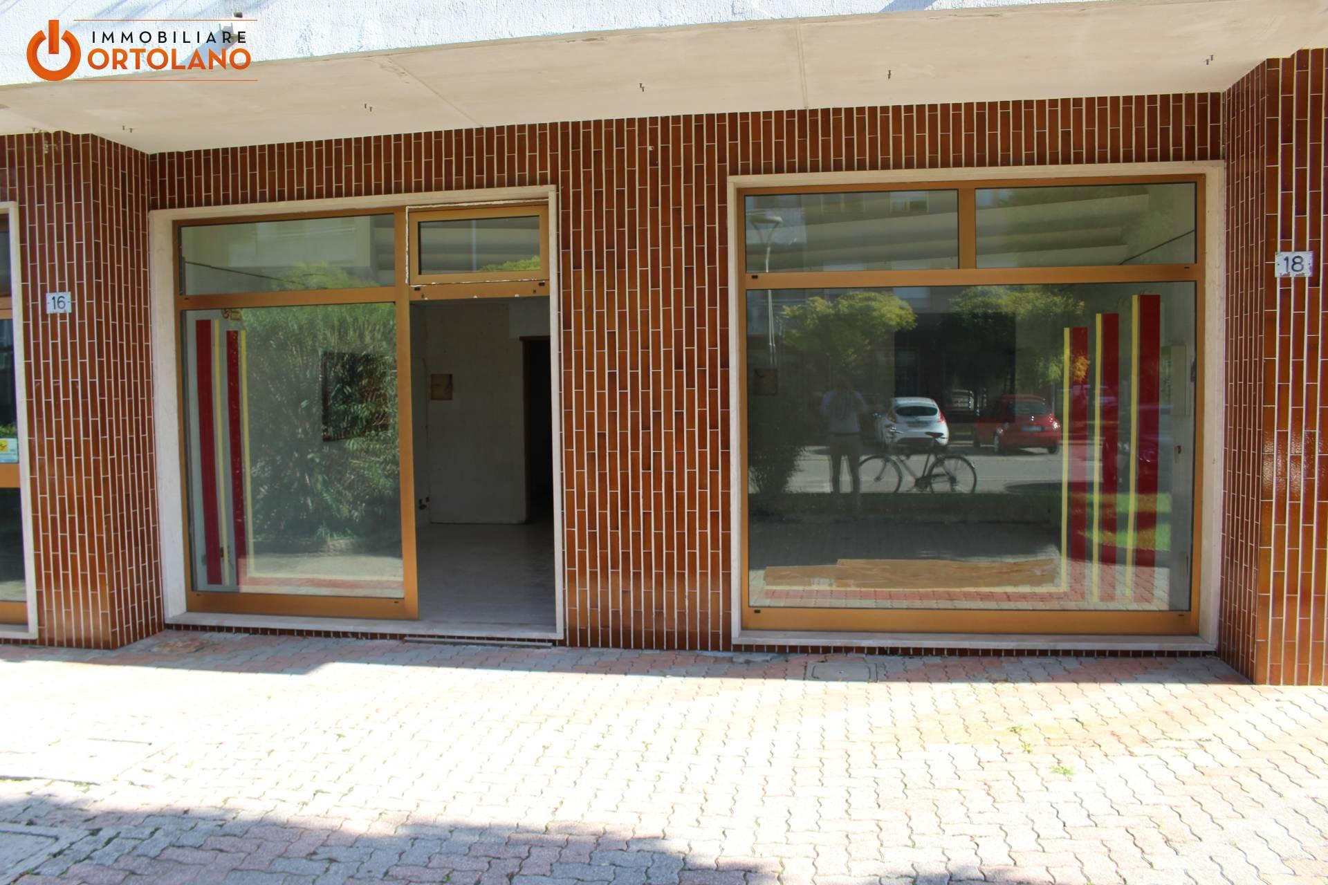 Negozio / Locale in affitto a San Canzian d'Isonzo, 9999 locali, zona Zona: Pieris, prezzo € 300 | CambioCasa.it