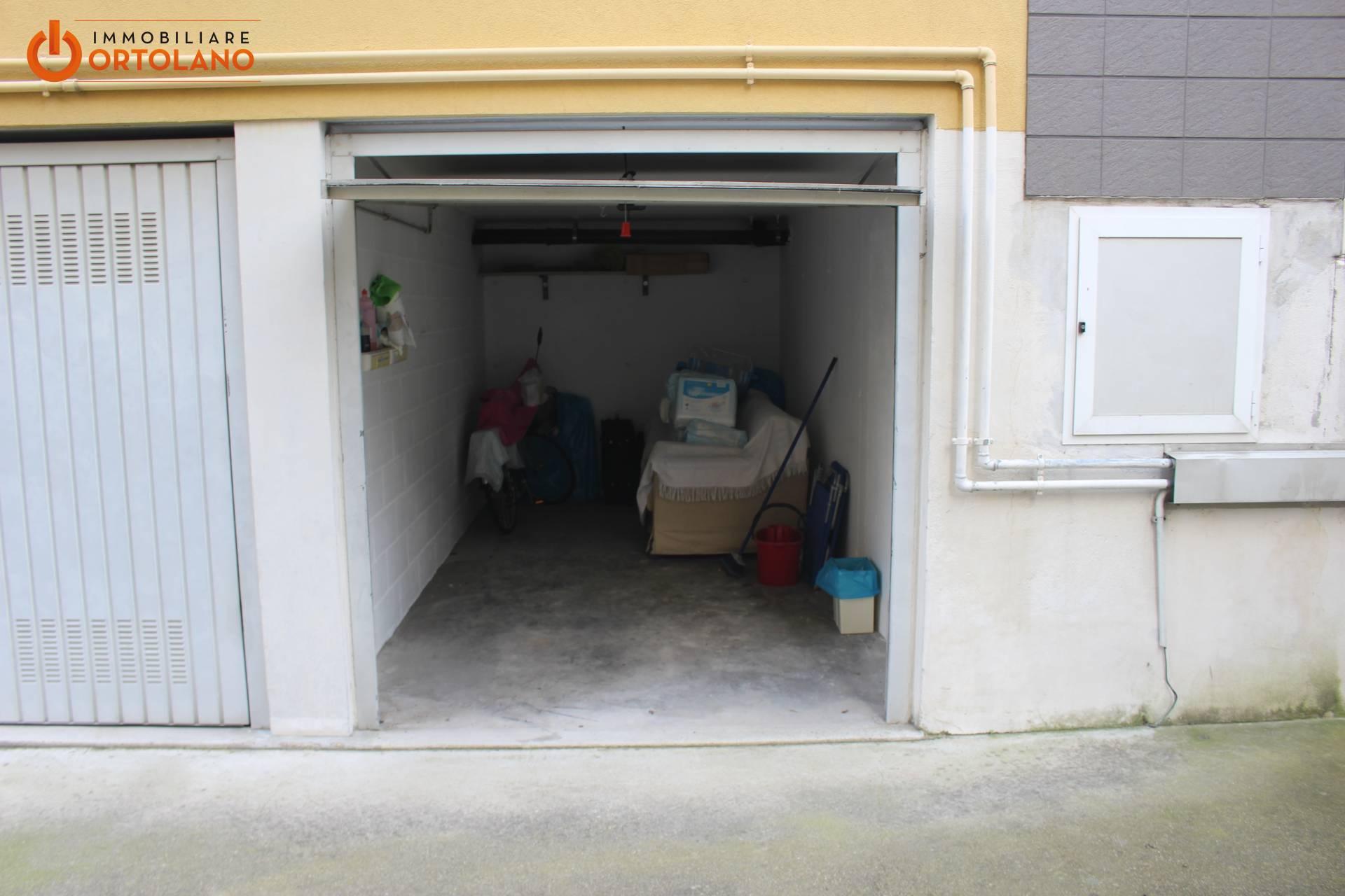 Magazzino in vendita a Monfalcone, 1 locali, zona Zona: Aris, prezzo € 12.000 | CambioCasa.it