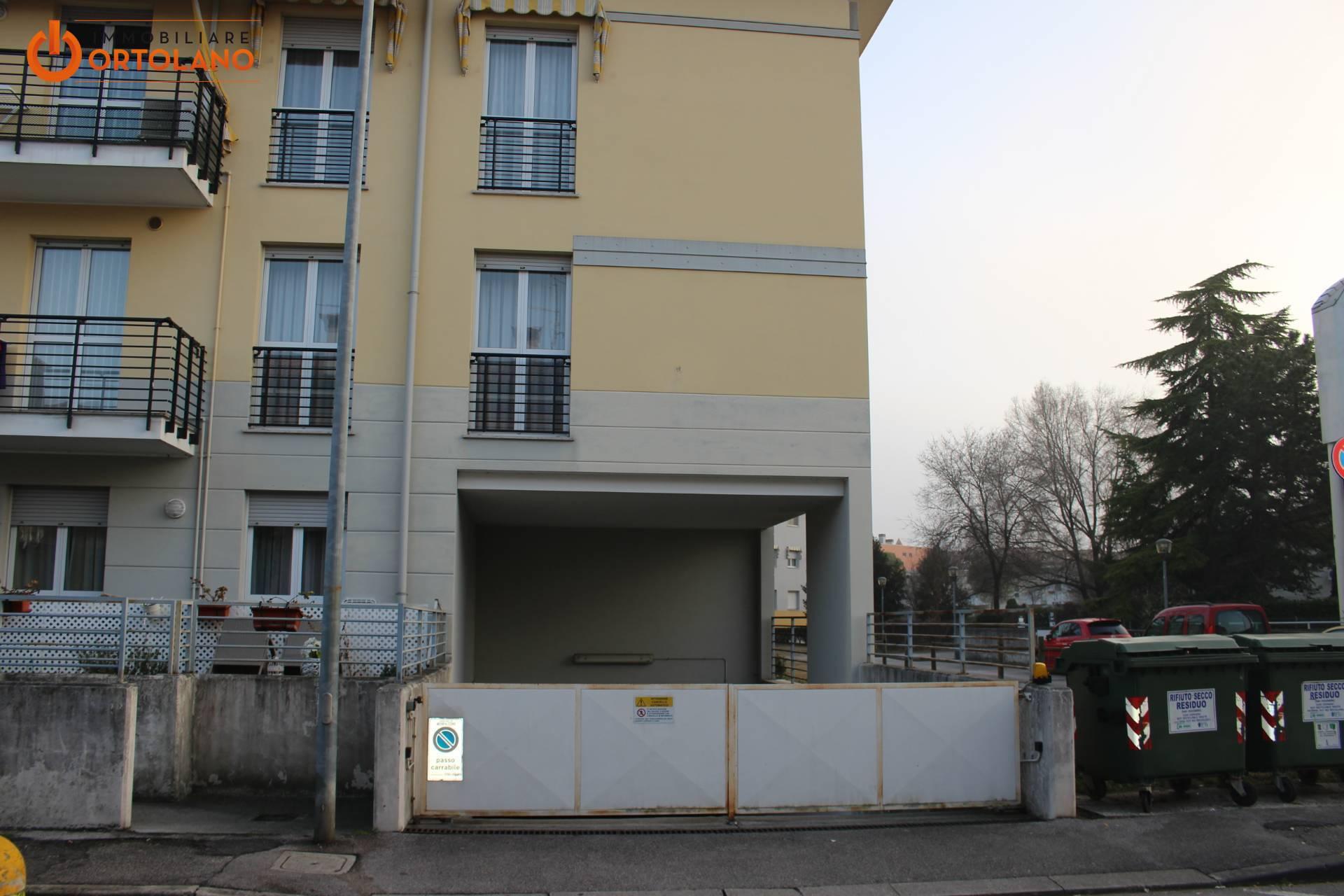 Box / Garage in vendita a Monfalcone, 1 locali, zona Zona: Aris, prezzo € 9.000   CambioCasa.it