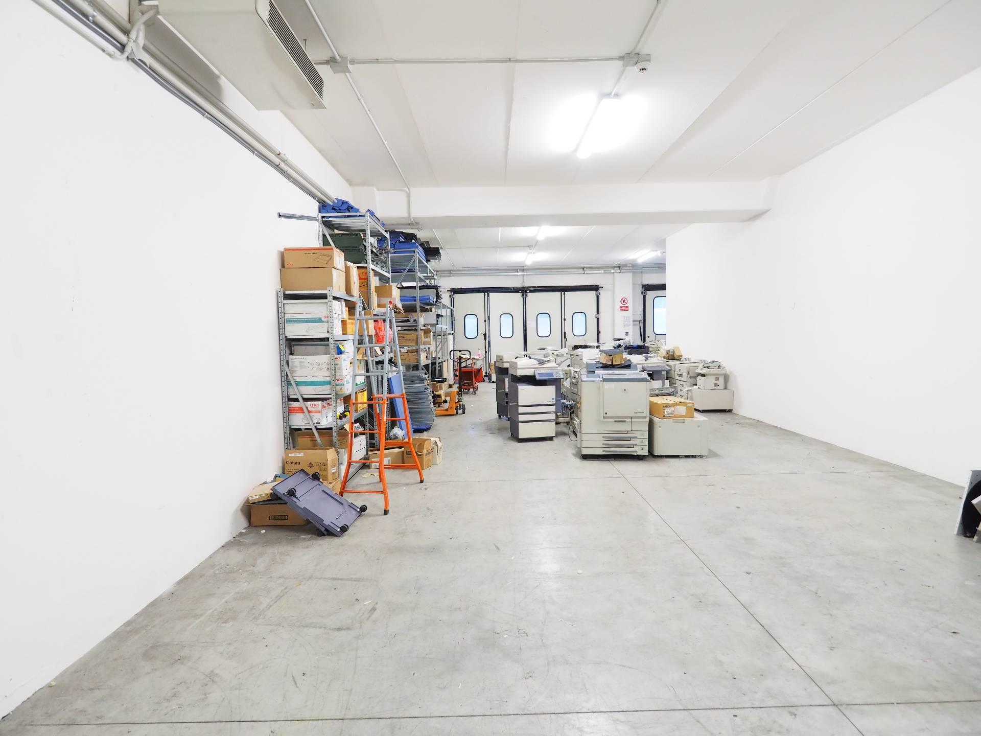 Laboratorio in vendita a Montecosaro, 9999 locali, zona Località: MontecosaroScalo, prezzo € 130.000 | Cambio Casa.it