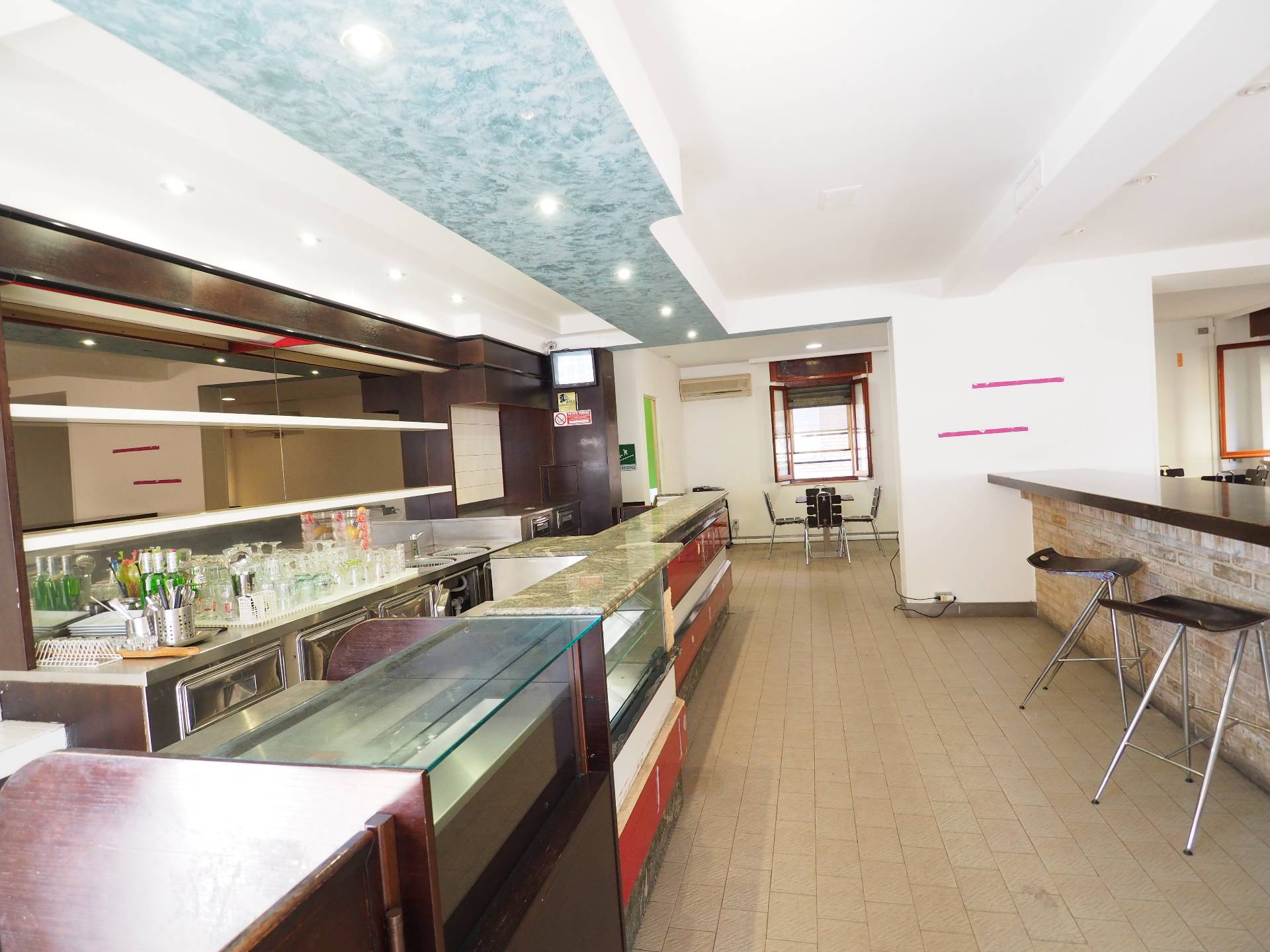Negozio / Locale in vendita a Monte San Giusto, 9999 locali, prezzo € 69.000 | Cambio Casa.it